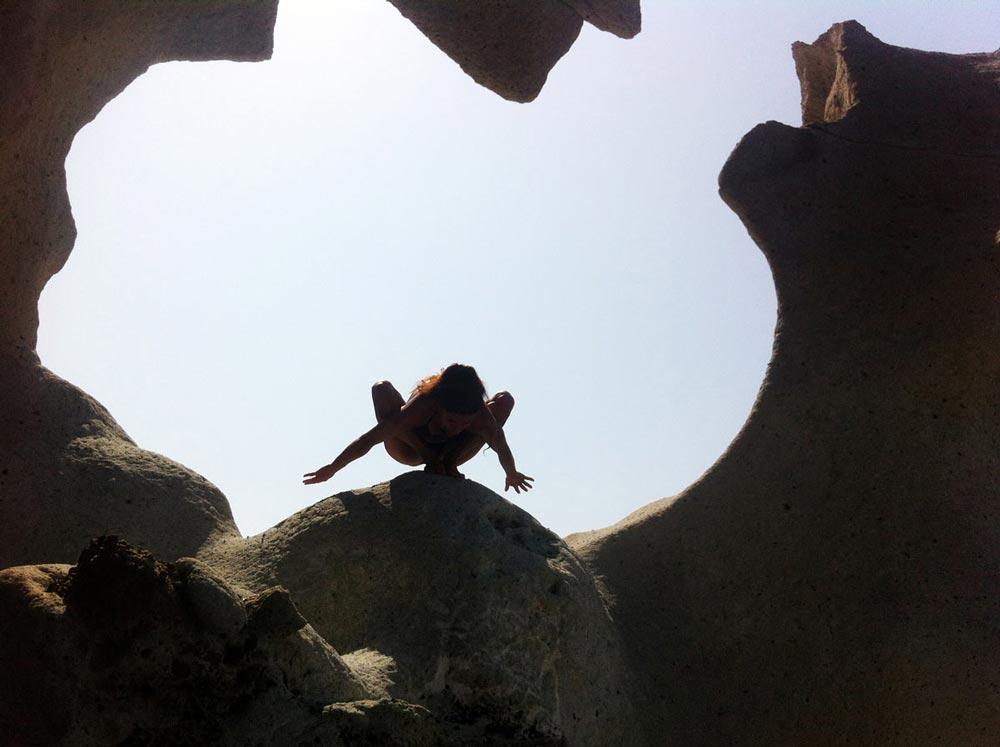 yoga-sulla-costa-di-Bosa-2