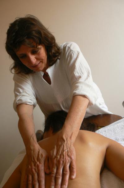 massaggio olistico craniosacrale linfodrenante